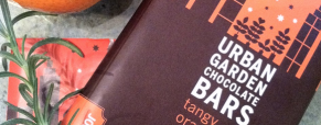 Chocolates com ingredientes de hortas urbanas